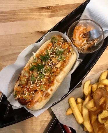 OiShii Hot Dog